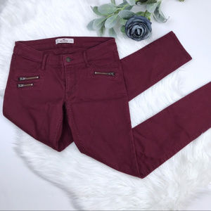 HOLLISTER Burgundy / Berry Colored Skinny Pants